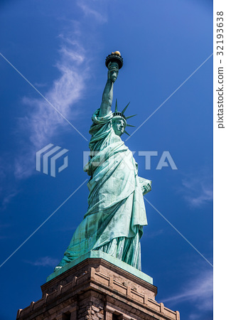 the statue of Liberty 32193638