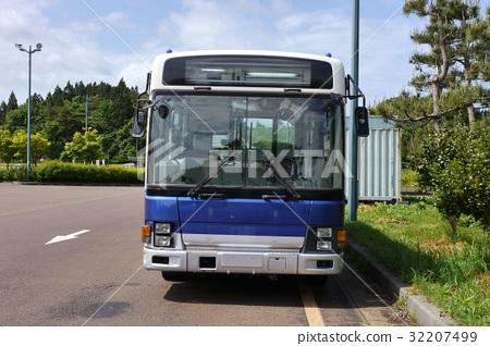 Large routes bus (front) 32207499