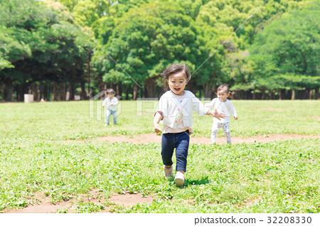 兒童和公園 32208330