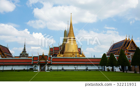 Thai temple in Grand Palace, Thailand 32211931