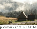 Huts in the valley of the Tatra Mountains  32234168
