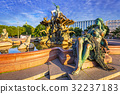 The Neptune Fountain in Berlin at sunrise, Germany 32237183