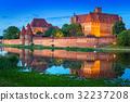 波兰 城堡 黄昏 32237208