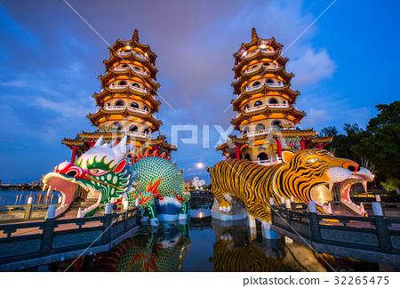 台灣高雄左營蓮池潭Asia Taiwan Kaohsiung Lake 32265475