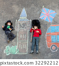 Two little kids with London picture drawing with 32292212