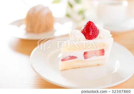 cake 32307860