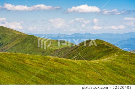 beautifull minimalistic summer mountain landscape 32320402