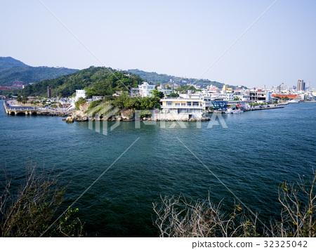 Taiwan Kaohsiung Qijin Gushan overlooking Kaohsiung Port Zhongshan University 32325042