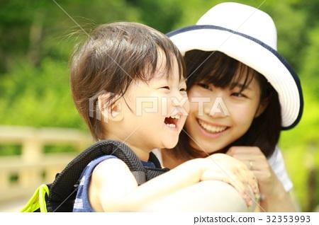 笑容 笑臉 微笑 32353993