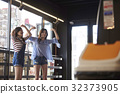 年輕的女孩,飛鏢,遊戲中心 32373905