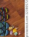 Slipper with seashell 32380572