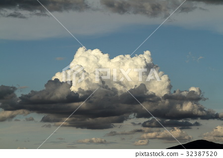 The Rain and thunderclouds in the sky 32387520