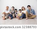 ครอบครัวและสุนัขรุ่น 3 ชั่วอายุคน 32388793