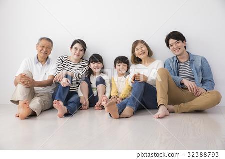 家庭 家族 家人 32388793
