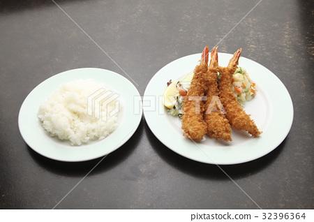 Fried Shrimp 32396364