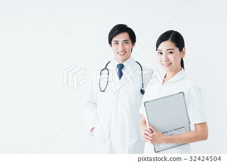 醫生和護士 32424504