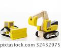 built, constructing, heavy machinery 32432975