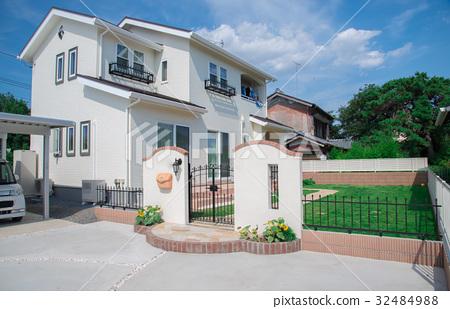 一幢房子 32484988