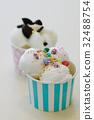 Ice cream 32488754