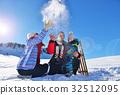 family, snow, happy 32512095