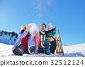 family snow happy 32512124