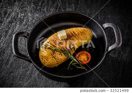 土豆 马铃薯 迷迭香 32521499