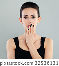 surprised woman open 32536131