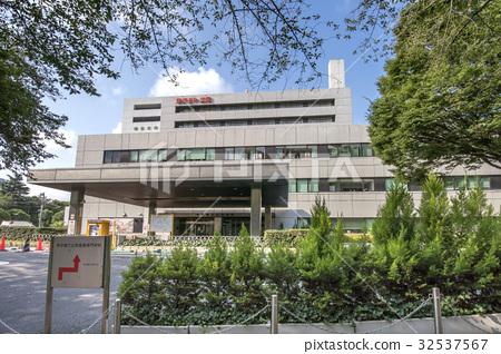 Tokyo Metropolitan Hiroo Hospital 32537567