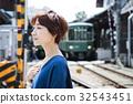 女性旅行短途旅行步行一個人 32543451