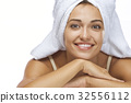 female human lady 32556112