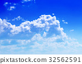 Blue sky 32562591