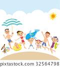 三代家庭在海灘玩 32564798