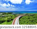 在沖繩縣南城市駕駛Niraikanai橋 32588645