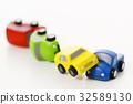 交通事故 正面衝突 車 自動車 白バック 乗り物 乗用車 32589130