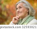 senior beautiful woman posing  32593021