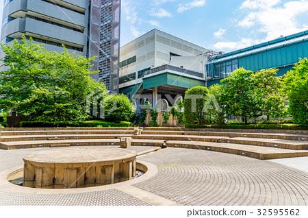 tokyo, ebisu, piazza 32595562
