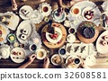 cake, eating, friends 32608581