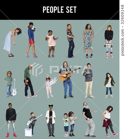 Diverse of People Enjoy Music Lifestyle Studio Isolated 32609148