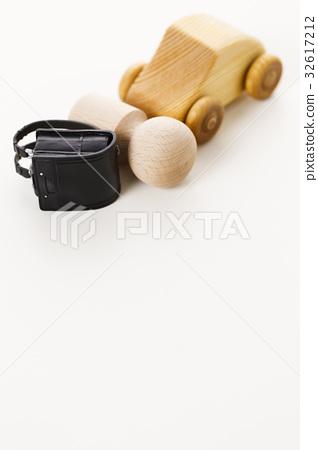 School attendance school elementary school student school bags accident 32617212