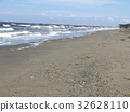 หาดทราย,คลื่น,ท้องฟ้าเป็นสีฟ้า 32628110