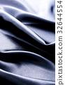 블랙 새틴 드레이프 32644554