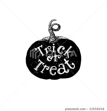 Trick or treat holiday pumpkin 32656038