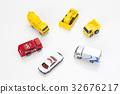 자동차 모형 32676217