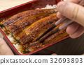 鱔魚 筷子 一碗鰻魚飯 32693893
