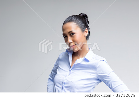 asian woman action in business look 32732078