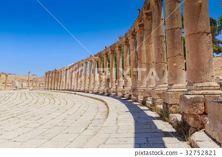 The ancient Roman city in  Jordan, Oval Plaza 32752821
