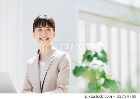 女商人 32754769