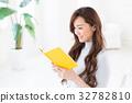 讀一本書的女人 32782810