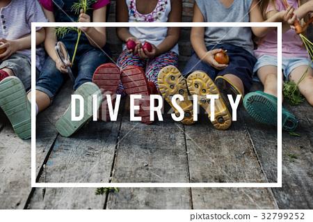 Diverse Group of Children Friendship Togetherness 32799252