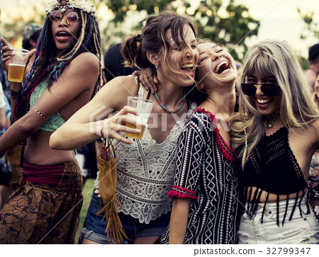 Group of friends fun events dancing holiday 32799347